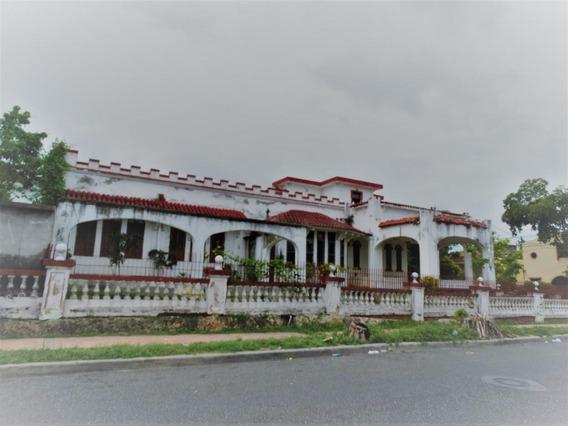Casa Emblemática E Histórica En Alquiler 7hab En Gazcue