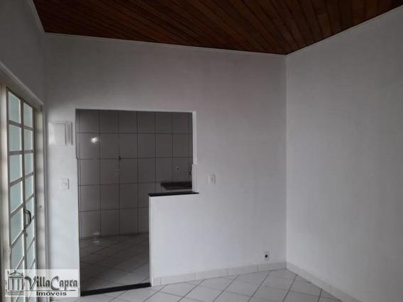 Edícula Para Locação Em São José Dos Campos, Vila Tatetuba, 1 Dormitório, 1 Banheiro - 1662a