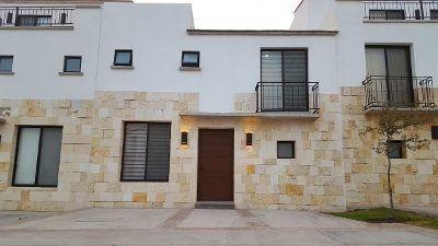 Casa Nueva En Venta En El Refugio Torre De Piedra