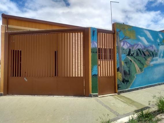 Casas - Com Suíte - 935