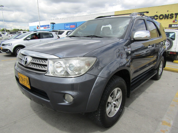 Toyota Fortuner Urbana At 2700 4x2