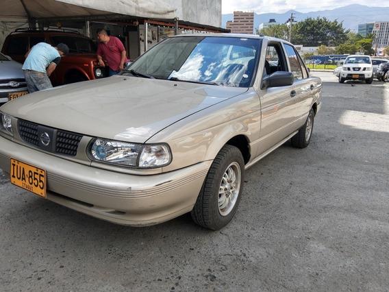 Nissan Sentra Sentra B13 2012