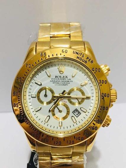 Relógio Daytona Gold De Fundo Branco