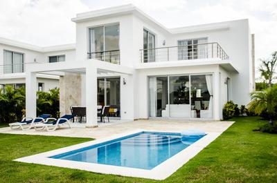 Vendo Hermosa Villa En Playa Nueva La Romana
