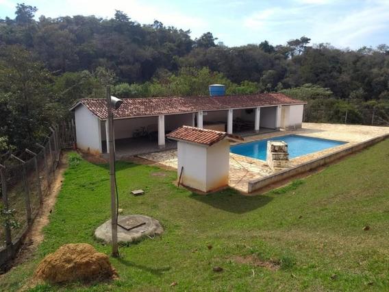 Lindo Sítio Em Mairinque À Venda, 121000 M²de Área E 2000m² Construídos Por R$ 1.000.000 - Zona Rural - Mairinque/sp - Si0001