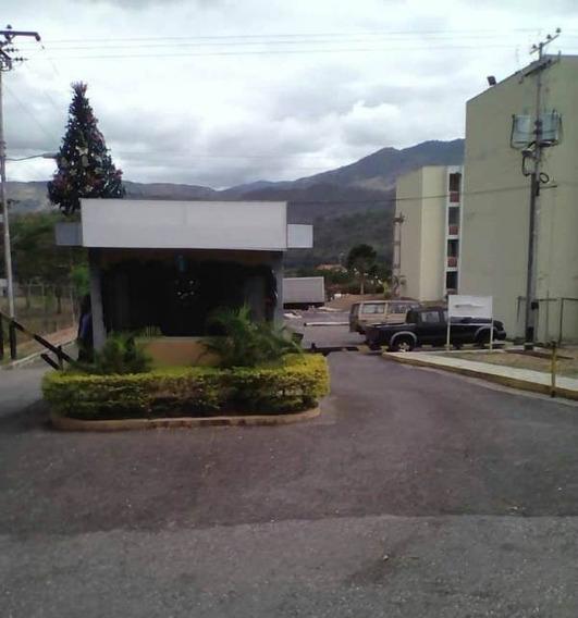 Venta De Apartamento En Urbanizacion Ciudad Real La Victoria