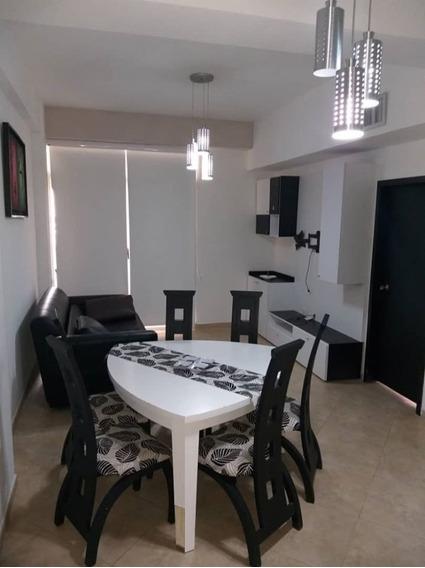 Apartamento En Res. Roca Marina Tucacas