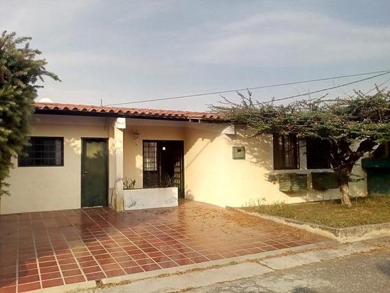 Casa Urbanización Santa Cecilia