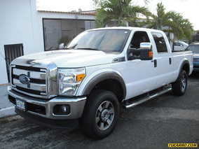 Ford F-250 Super Duty 4x4 - Automática