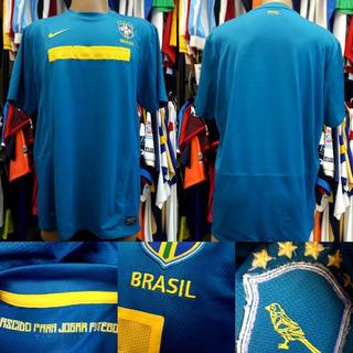 Camisa Brasil - Nike - G - 2011/2012 - S/nº