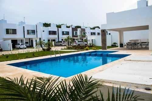 Hermosa Casa Minimalista En Playa Del Carmen, Re-estrenala!