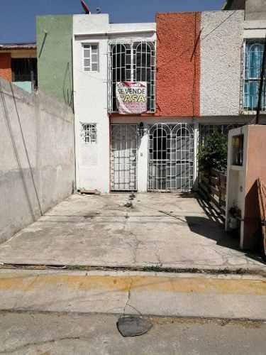 Casa En Venta En Villas Del Sol Ii, Ecatepec, México.