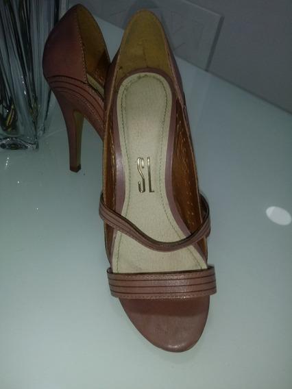 Sapato Santa Lolla Original. Linda