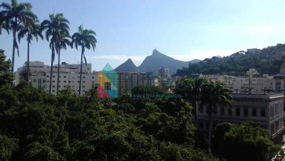 Apartamento No Flamengo Próximo Ao Palácio E A Praia!!! - Cpap40235