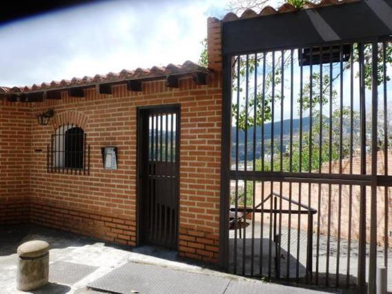 Townhouses En Venta Lomas De La Trinidad Mls #19-15720