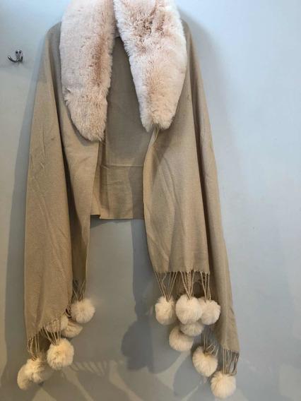 Shawl/capa,chalina Color Crema . Cuello Imitación .abrigador
