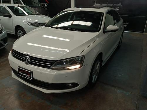 Volkswagen Vento 2.5 Luxury Mt Blanco 2014
