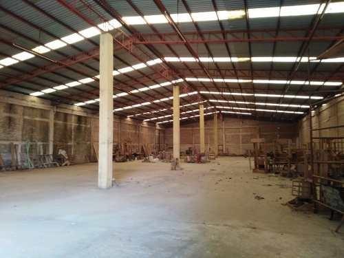 Nave Industrial Con 7000 Mts2 En Renta $ 195,000.=