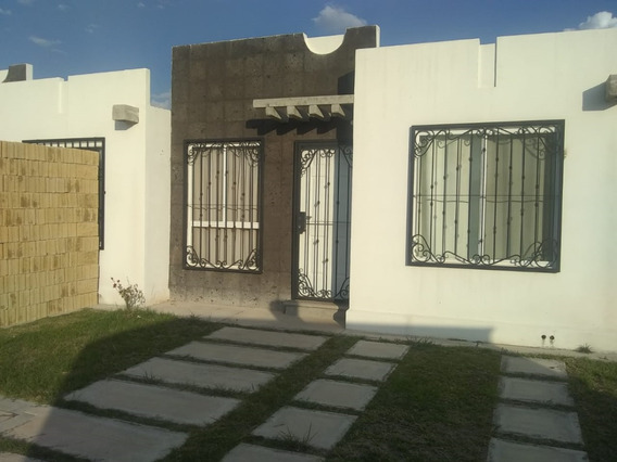 Casa En Renta Zona Sur , Fraccionamiento Privado, Hacienda Viñedos, León, Gto