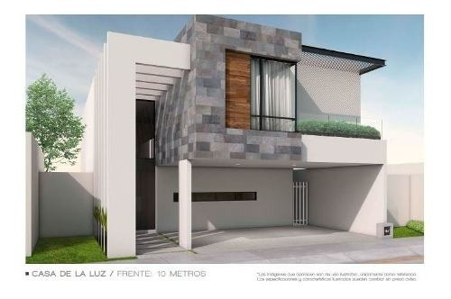 Hermosa Casa En Privada En El Fracc. Alto Lago En San Luis Potosi