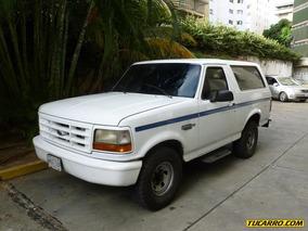 Ford Bronco Xlt V8 - Automatico