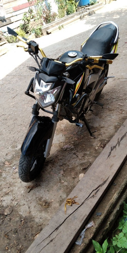 Imagem 1 de 4 de Yamaha  Esportivo