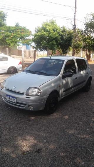 Renault Clio 1.0 Yahoo! 5p 2001
