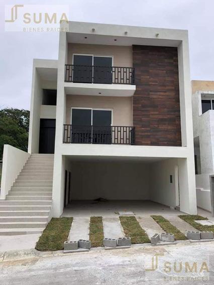 Casa En Venta En Fracc. Hacienda Del Rul, Tampico, Tamps.
