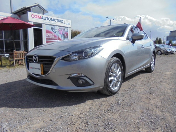Mazda 3 Touring Skyactiv