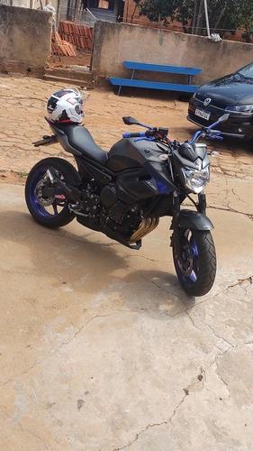 Imagem 1 de 11 de Yamaha Esportiva