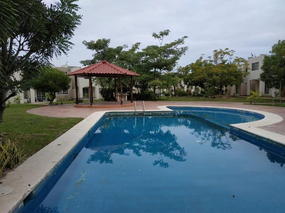 Renta De Casa Amueblada En Villas Náutico, Altamira, Tam.