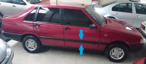 Imagen 1 de 2 de Fiat Duna Scr Bagueta De Puerta Delantera Derecha Adhesiva