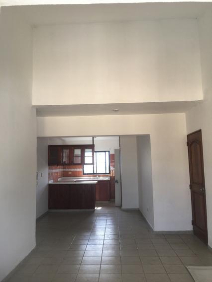 Apartamento Económico De 3 Dormitorios En Venta Para Inversión