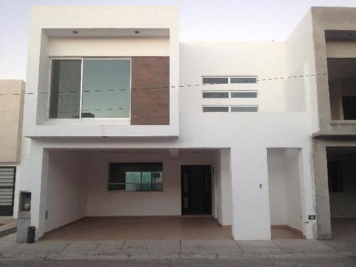 Imagen 1 de 12 de Casa Sola En Venta Fracc Paso Real