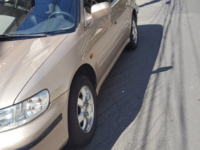 Honda Accord 2.3 Exr 4p 2001