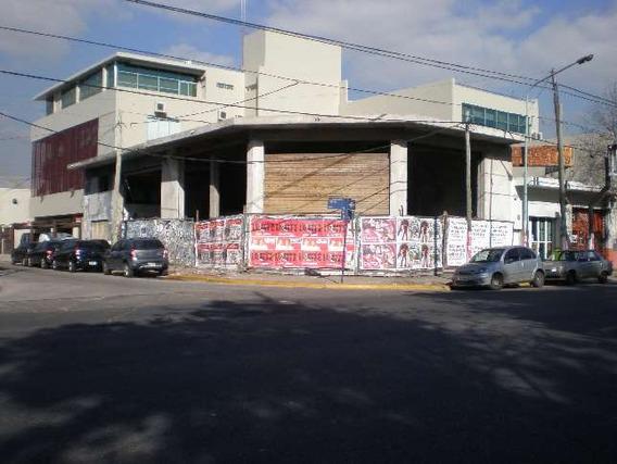 Local A La Calle En Ambos V/a En Lomas Del Mirador