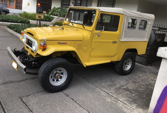 Toyota Land Cruiser Fj 43 Restaurado