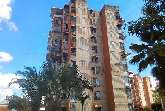 Apartamento En Venta En Urb San Jacinto Mls #20-24670 Aea