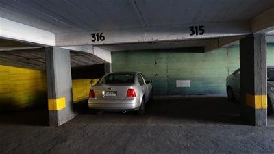 Estacionamiento En Venta En Santiago