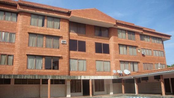 Hotel En Venta En El Centro De Guanare Portuguesa Flex19-642