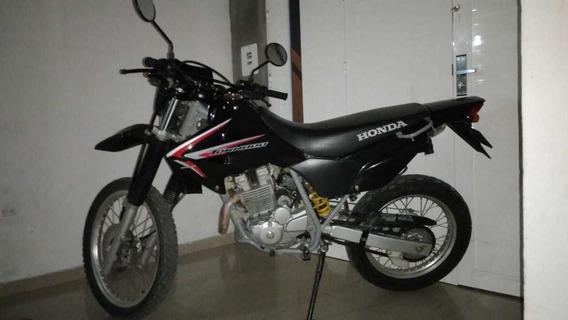 Honda Tornado 250 Negra