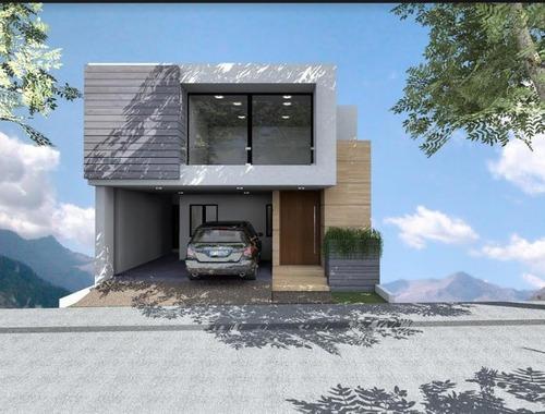 Casa En Venta -fracc; Monterra- Termina En Junio 2020