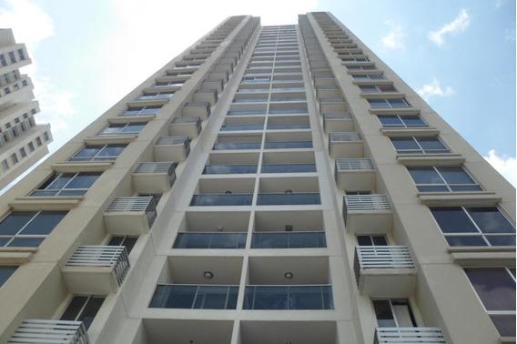 Alquiler De Apartamento En Condado Del Rey #19-9644hel**