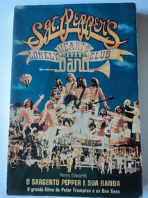 Livro-sgt.peppers Lonely Hearts Club Band:henry Edwards