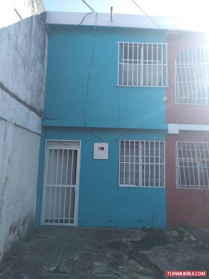 Casas En Venta Los Guaritos
