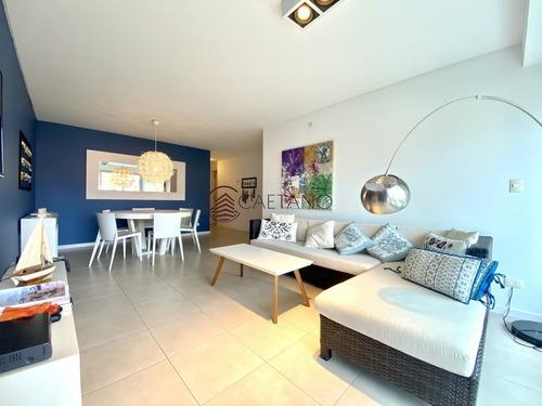 Hermoso Apartamento De 3 Dormitorios En Torre De Nivel!- Ref: 2707