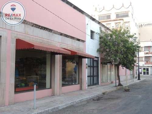 Céntrico Local Comercial En Renta.