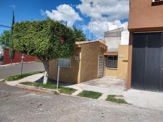 Casa En Venta Jardines De Santiago Queretaro