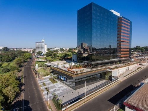 Navarro Building - 529
