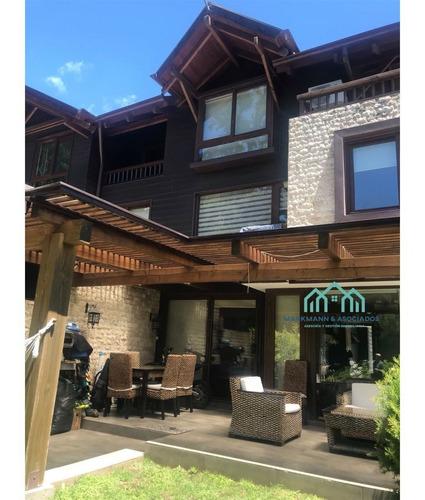 Preciosa Casa En Exclusivo  Condominio Con Marina Y Playa Pr